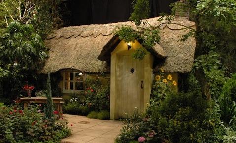 Little Log House Design 4