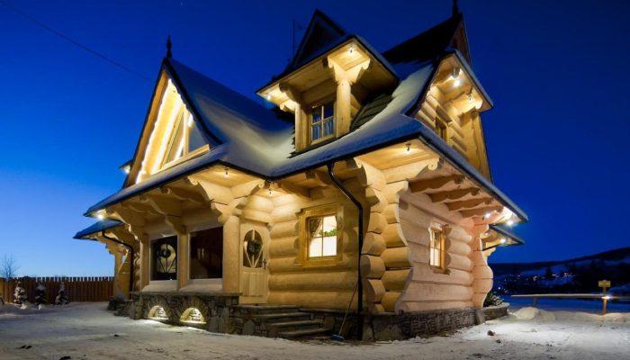 Goralski Style Log House